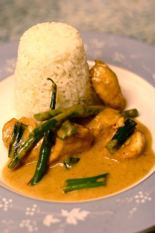 thai chicken peanut satay