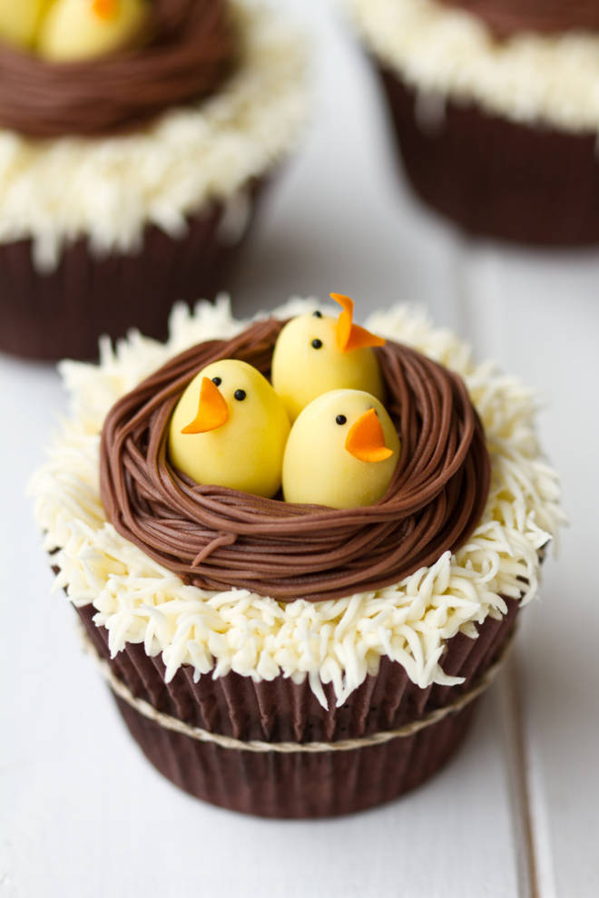 Delightful easter cupcakes delicious recipes for Cute cupcake decorating ideas for easter